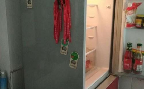 冰箱冷冻室结冰的原因是什么