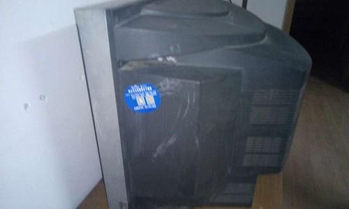 液晶电视白屏是什么故障
